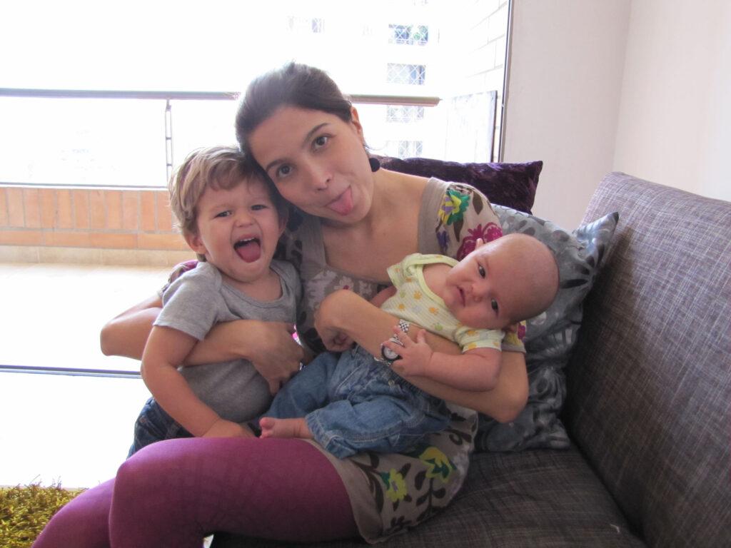 La locura de la maternidad.